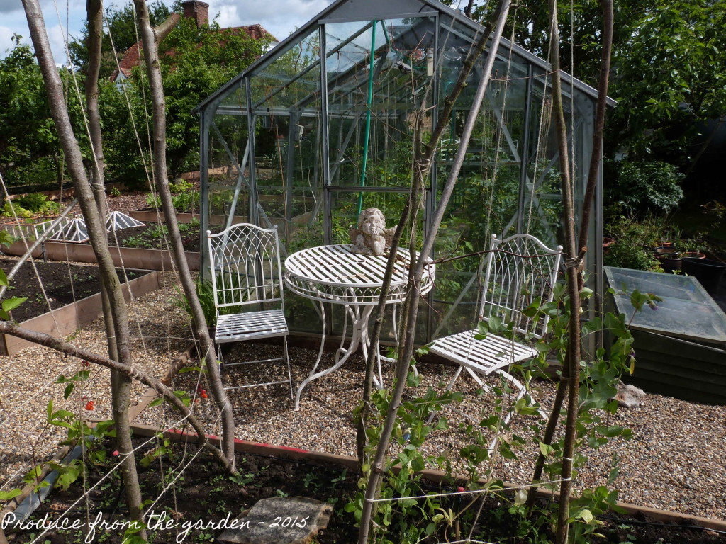 Kitchen garden table and chairs