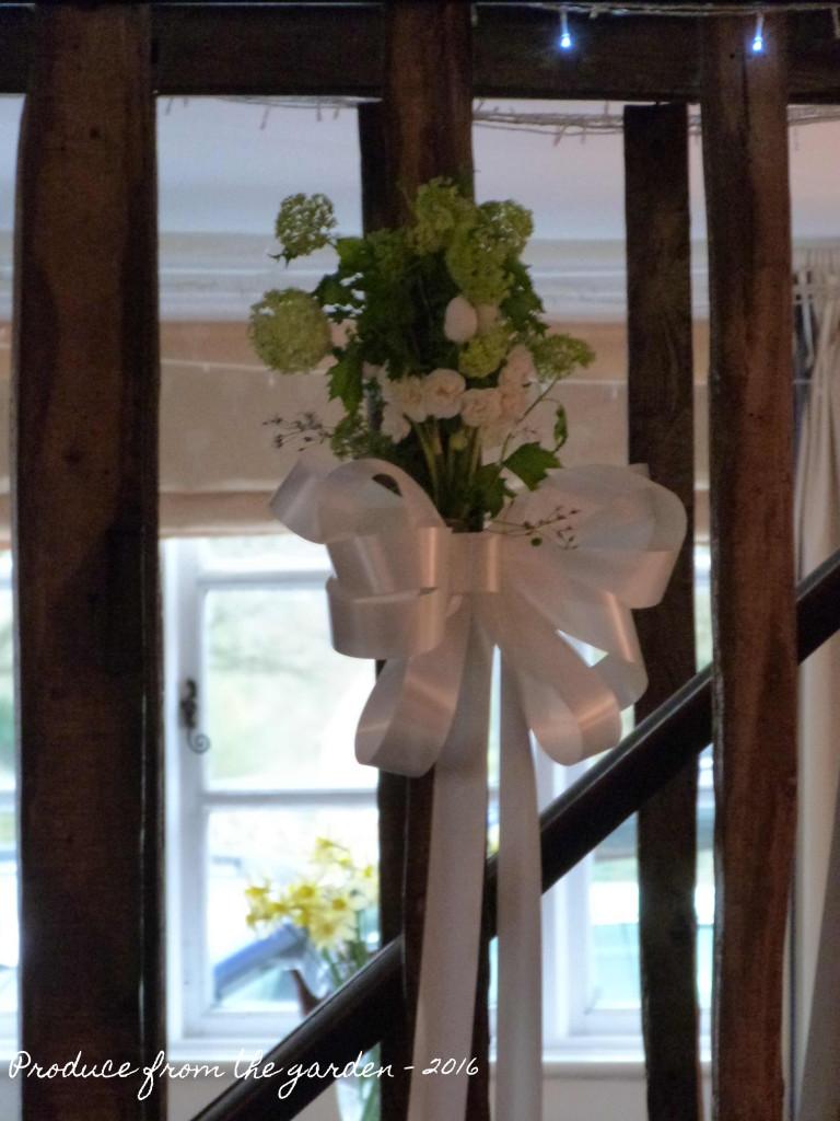 Wedding wall bows